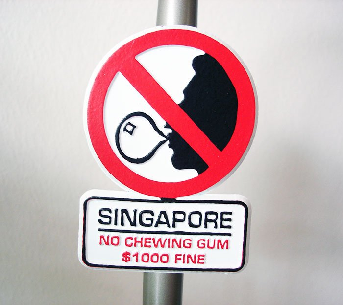 chewing gum is banned in singapore