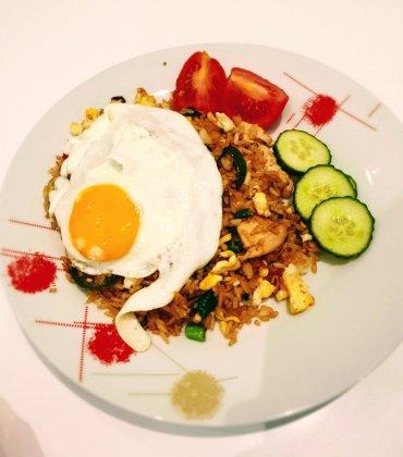 #CookingTravelTalks: How to Make Nasi Goreng