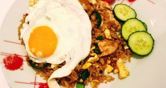 #CookingTravelTalks: How to Make Nasi Goreng