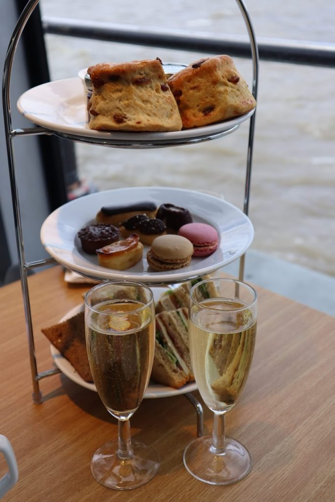 afternoon tea with City Cruise